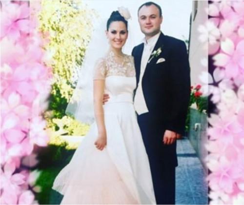 Маша Евросинина поздравила мужа сгодовщиной свадьбы