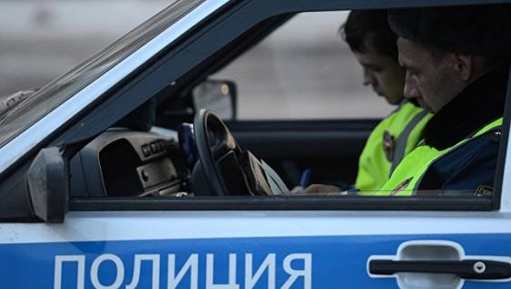 Пассажиром ехавшей потротуару Тоёта оказался начальник «Ленкома»