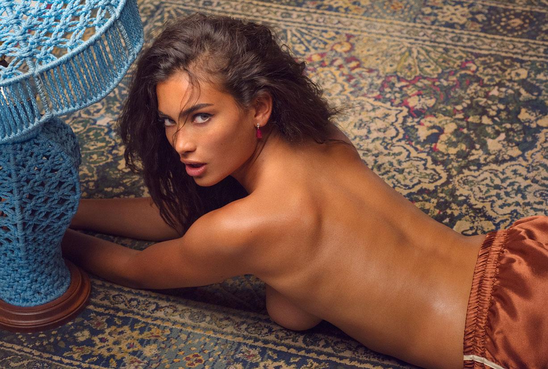 Девушка месяца Келли Гейл / Kelly Gale - Playboy USA Miss September 2016 / photo by Chris Heads