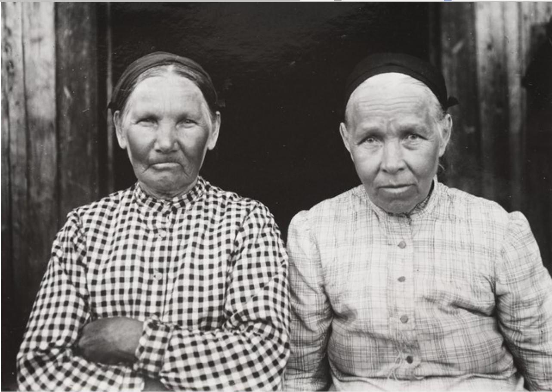 Корабсельки. Рунопевцы Мария Коной и Мария Ворнанен