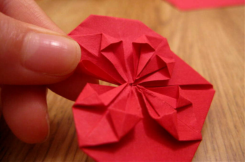 Оригами из бумаги в подарок маме