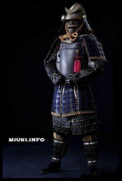 Комплект доспеха тосэй-гусоку клана Сатакэ с гербом Гэндзи-мон