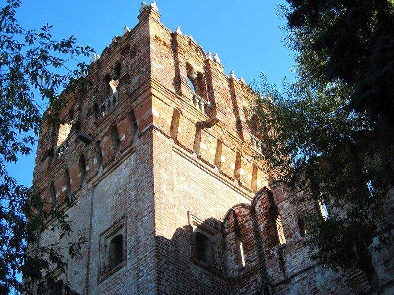 Башня Новодевичьего монастыря