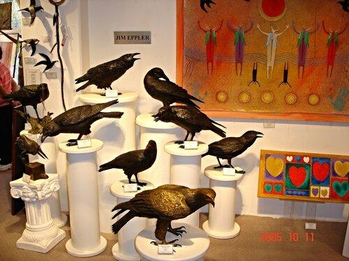 Птицы на продажу. Галерея в Седоне.