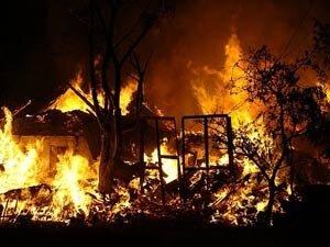 За прошедшие сутки в населённых пунктах Приморского края произошло 14 пожаров
