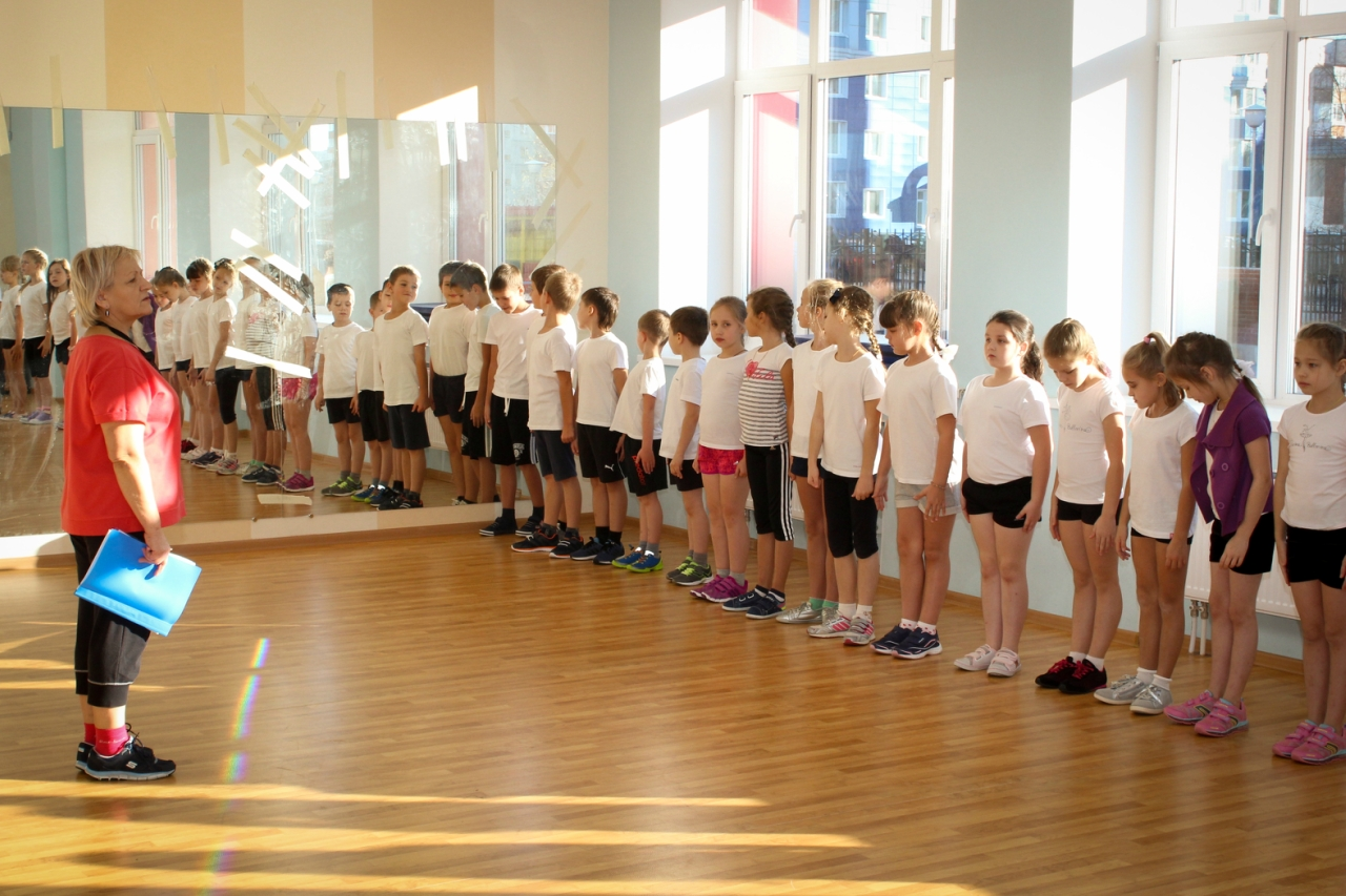 Фото детей на физкультуре