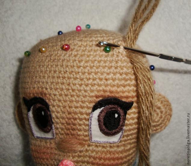 Как связать голову куклы