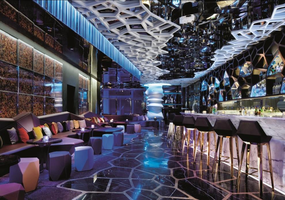 8. Ozone , Ritz Carlton, Гонконг