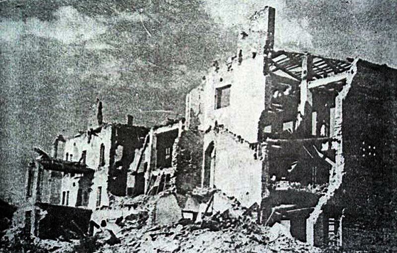 руины почтамта, 1943, фото Кислова.