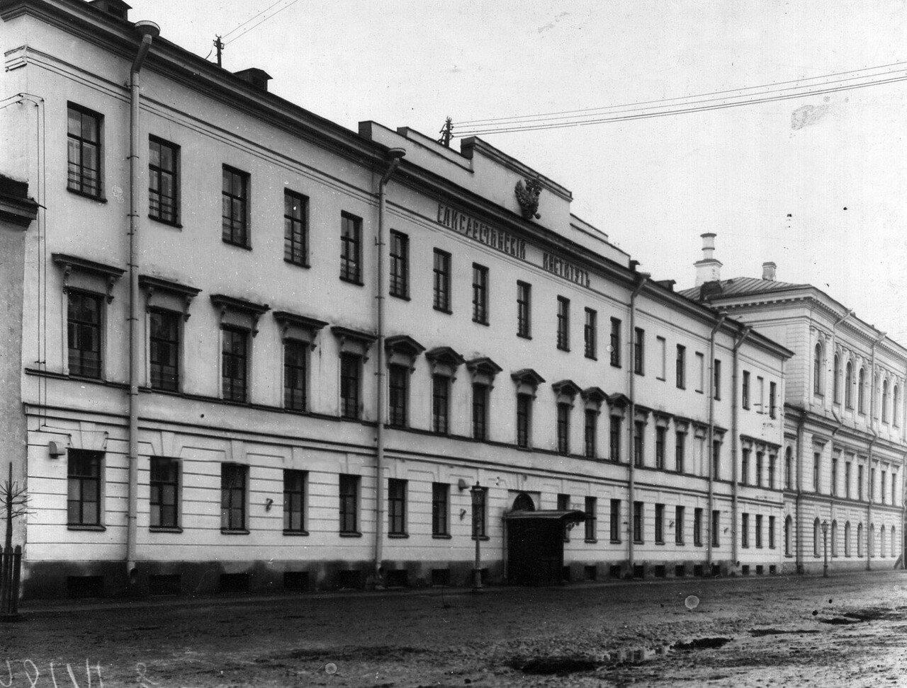 01. Фасад здания института (арх. А.Штауберт, 1827-1828 гг)