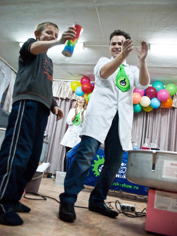репортажные фотографии с мероприятия в детском доме. фотографа Кузьмина