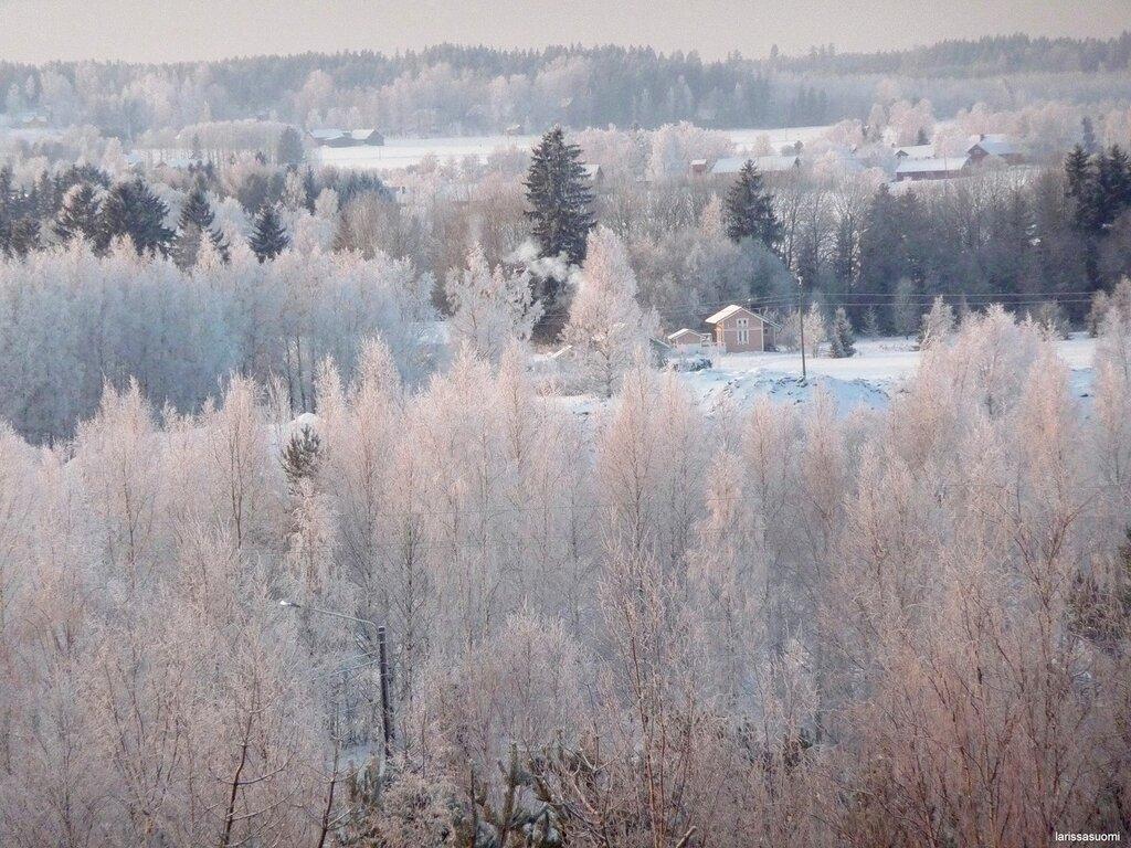 23.12.2010 - Вид из лоджии на хутора вдали.