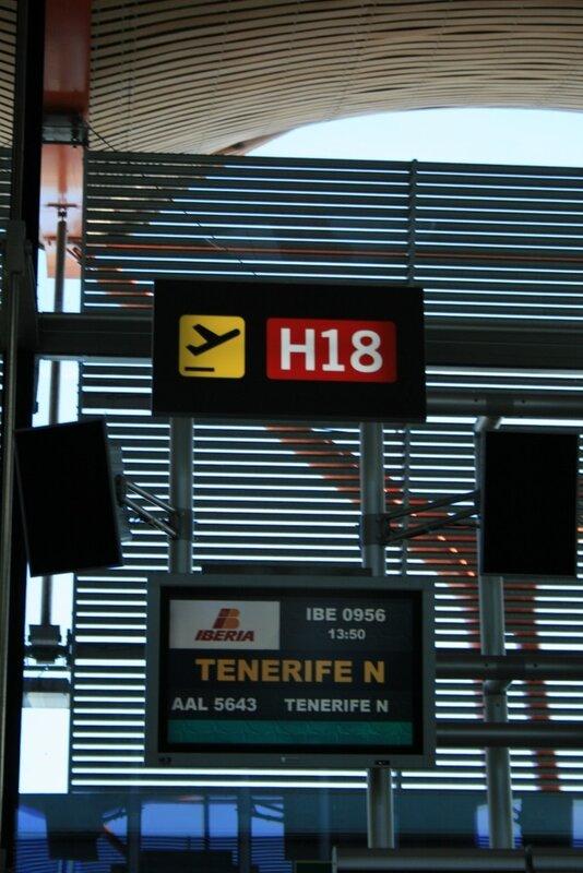 Аэропорт Мадрида Барахас, выход к самолету