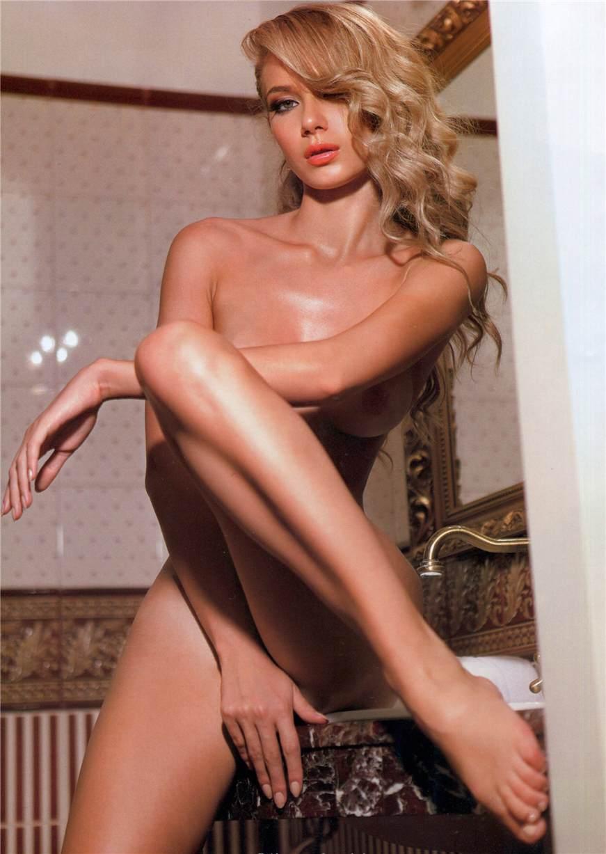 Vesta Sennaya / Веста Сенная в Playboy Украина ноябрь 2010