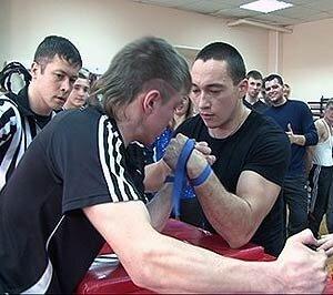 Любительский турнир по армспорту состоялся в Приморском крае