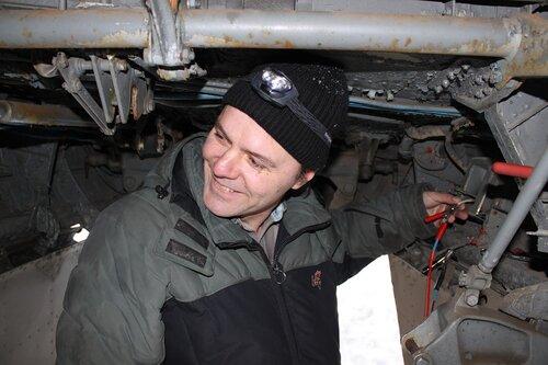 Денис запитывает насос БЦН левой мотогондолы через регулятор напряжения
