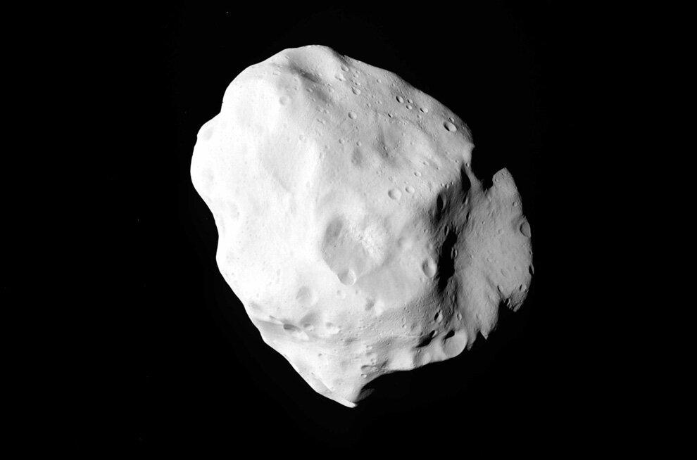 Астероид Лютеция. Фото сделано космическим аппаратом «Розетта»
