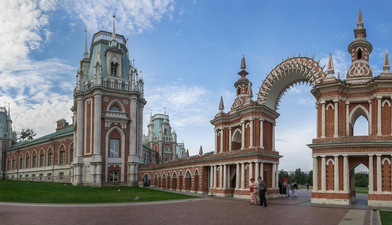 самих картинки архитектуры в москве закат стекает