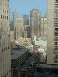 """Вид из окна моего номера (увы, во дворы) на 20-м этаже отеля """"Сэр Френсис Дрейк"""""""