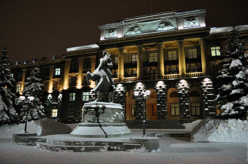 Жуков и штаб ПуРВО (или центрального ВО)