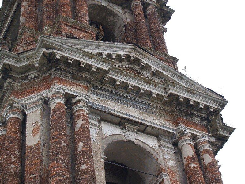 Фрагмент колокольни