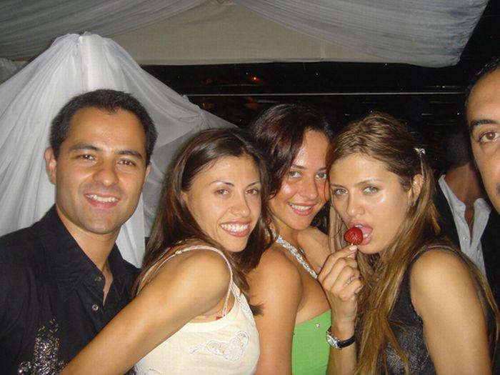 Скандальные фото Виктории Бони ... http://img-fotki.yandex.ru/get/5603/130422193.c8/0_73cfd_acf3f376_orig