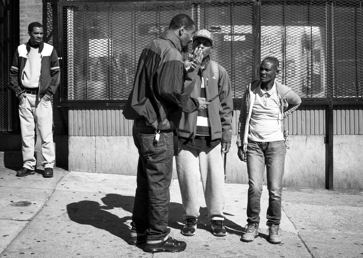 Неулыбчивая Америка: Черно-белая жизнь в бедных кварталах современного Балтимора (34)