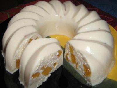 Ленивый творожный кекс с фруктами