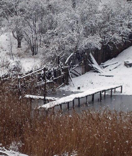 Заснеженный мостик