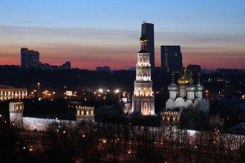 Зимний вечер в Москве