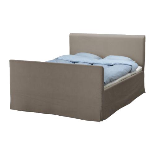 Дизайн покрывал на кровати