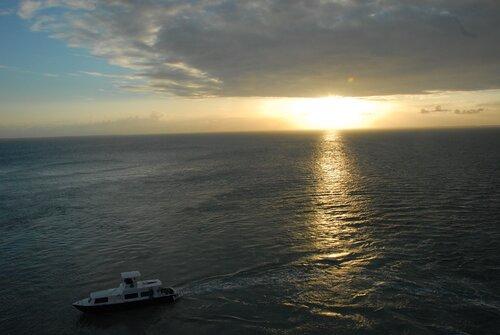 Закат зимой в Карибском море.