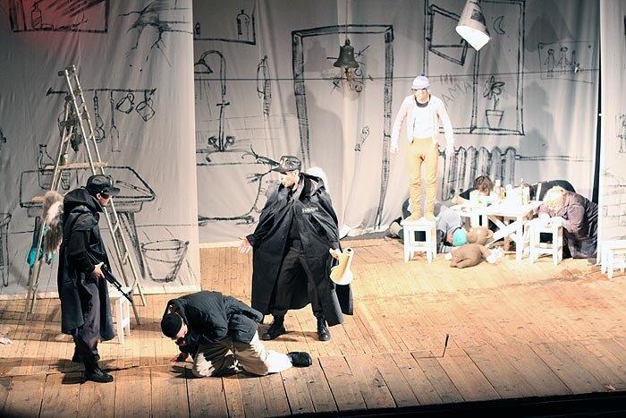Владивосток - спектакль