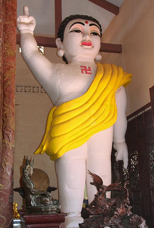 Будда со свастикой-3