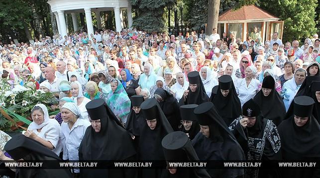 Митрополит Павел возглавляет празднование 90-летия Гомельской епархии