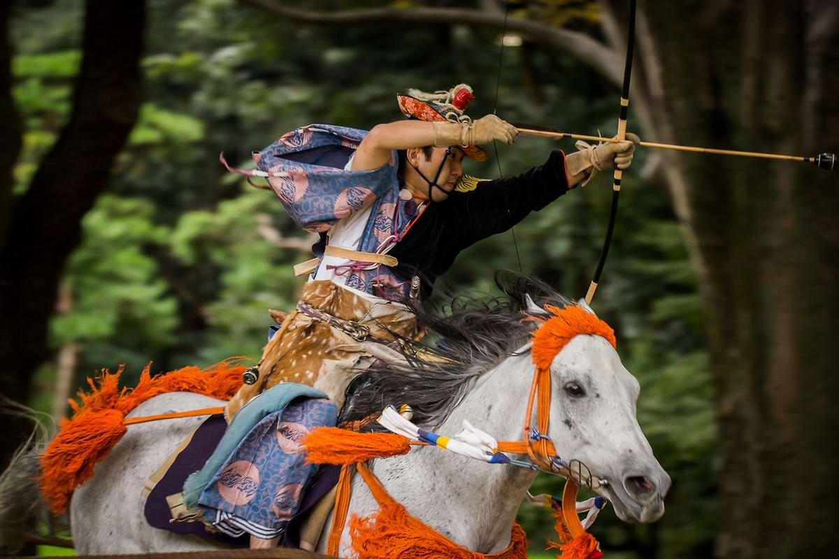 Стреляем из лука на полном скаку: Потомки японских самураев (17)