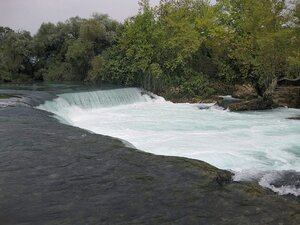 Сиде водопад Големият на реке Манавгат