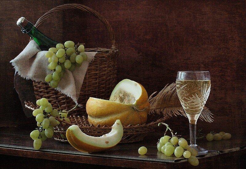 Жизнь зарождалась, как вино из винограда