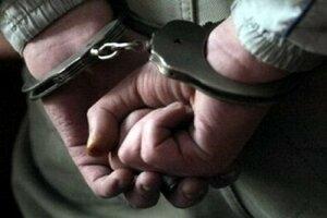 Сегодня в Якутске школьник задержал избившего десятиклассницу мужчину