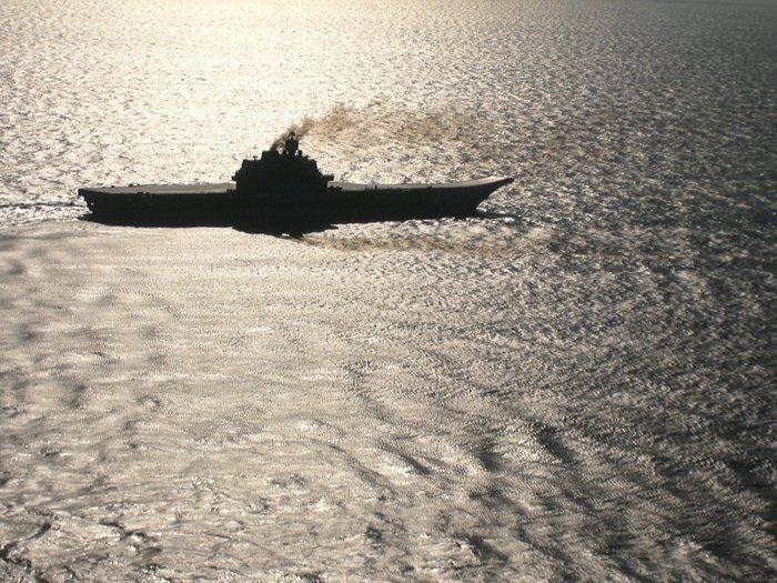 ТАКР пр.1143.5 «Адмирал Кузнецов» на учениях Северного флота.