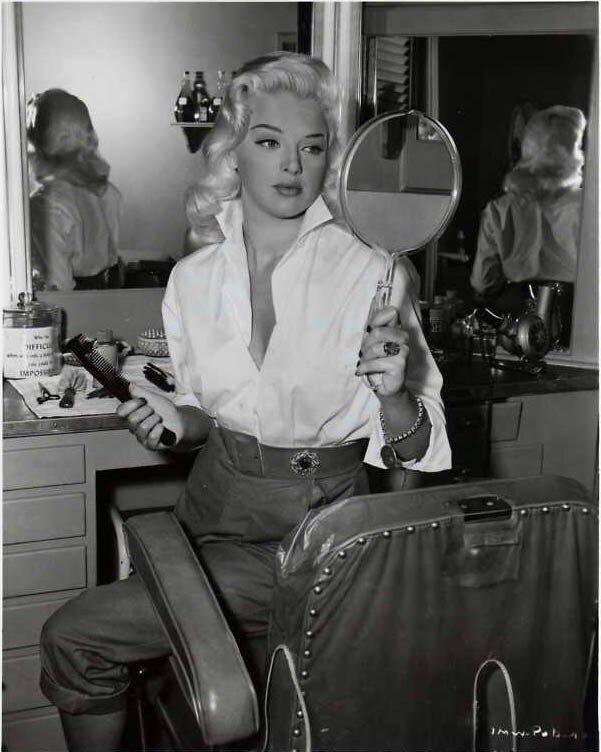 Diana Dors (1957)