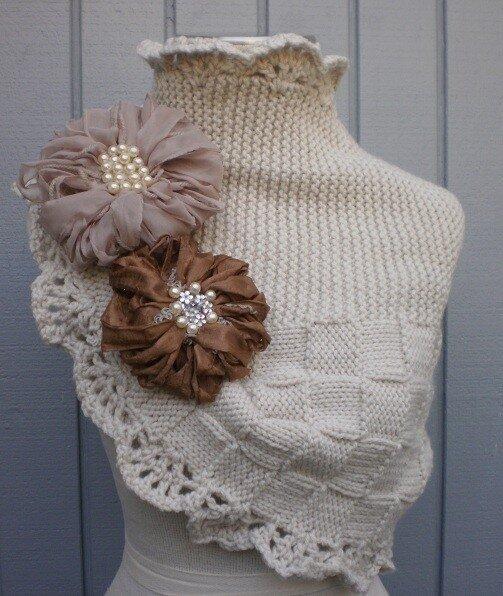 Вяжем шарф снуд.  Вязать нужно прямым полотном.  Половина из которого...