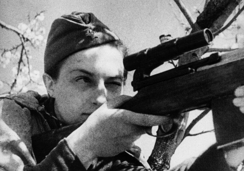 Снайпер Людмила Павличенко, советские женщины-снайперы, снайпер Павличенко