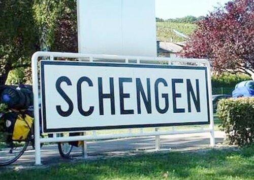 ЕС обсудит приостановку Шенгенского договора