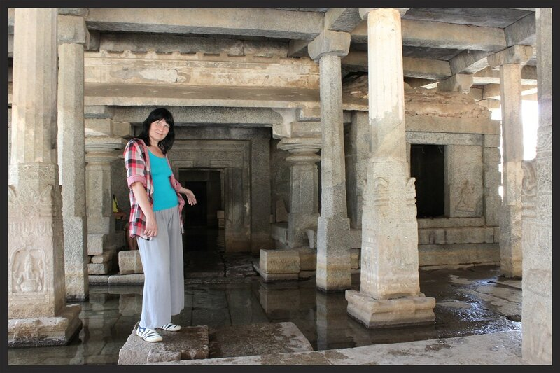 Храмы Хампи. Подземный храм Шивы