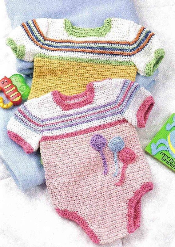 Вязаные ползунки - это прекрасная одежка для новорожденных.  И прекрасная возможность покрасоваться на семейном фото...