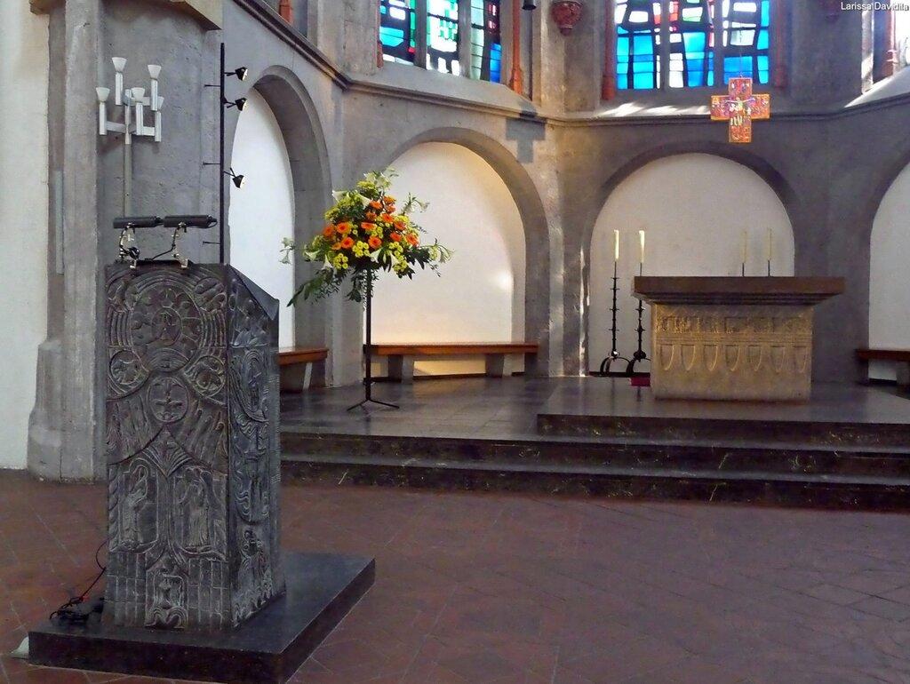 Одна из церквей Аахена.