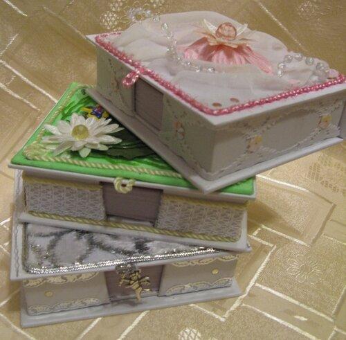 Коробочки для бумаг на офисный стол(подарки подругам) пирамидка.
