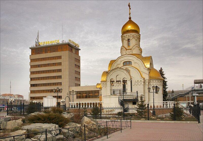 Храм в честь Смоленской иконы Божьей Матери
