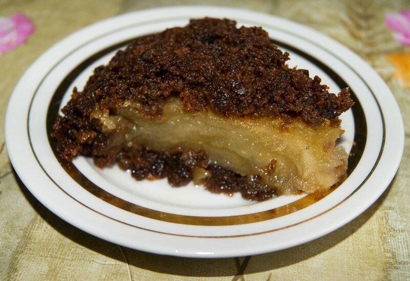 Яблочный пудинг из черного хлеба